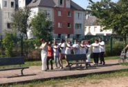 Chants, danses et jeux pour tous pour  fêter les 10 ans du jardin partagé des Salines